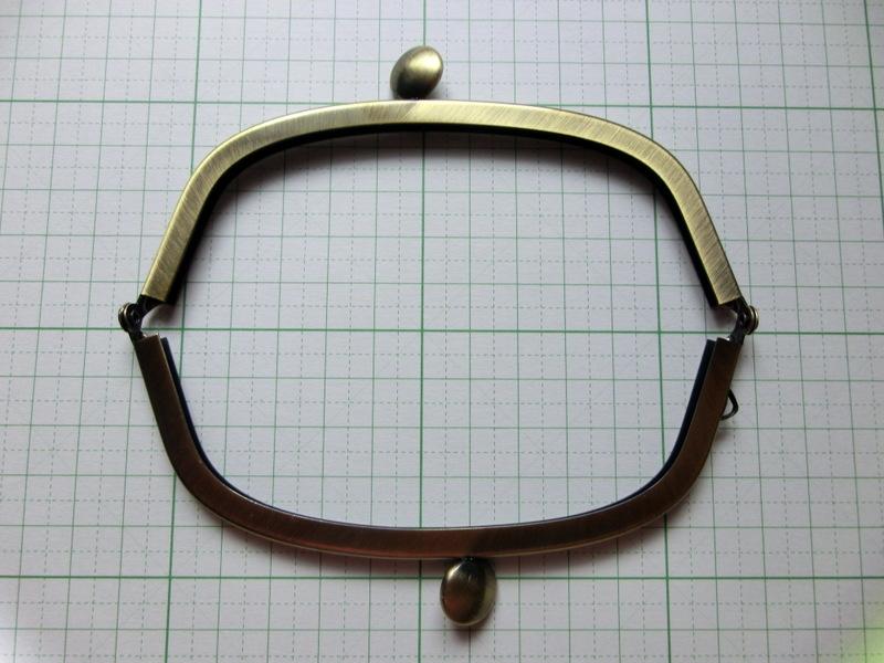 画像2: 【口金】12・5cmくし型・碁石つまみ・AG