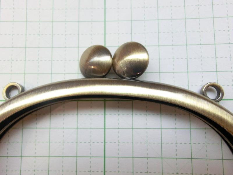 画像2: 【口金】カン付・碁石10くし型・AG