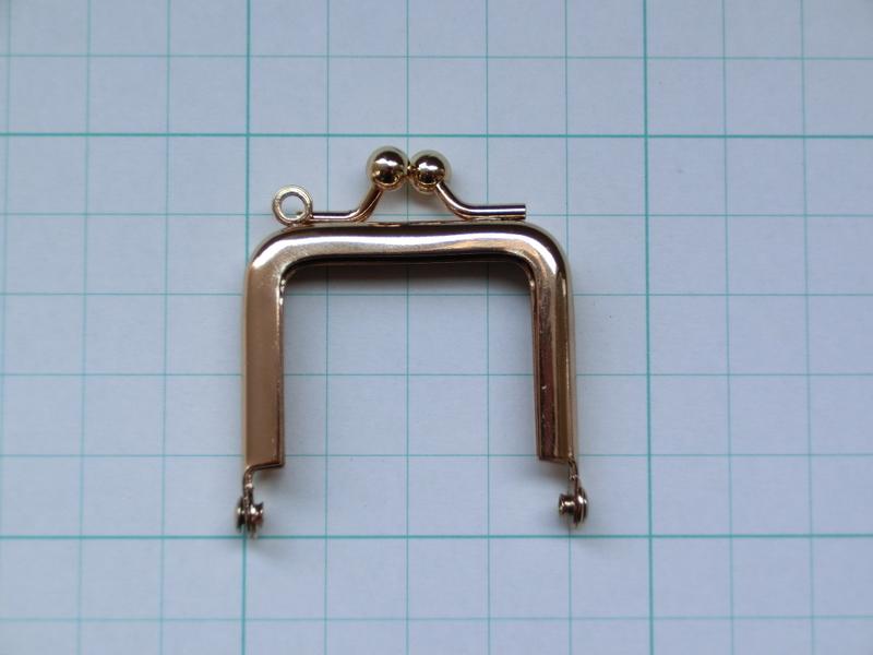 画像1: 【口金】4cm角型・金(ペンダント)