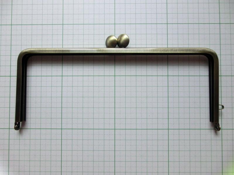画像1: ★【口金】18cm角型・碁石つまみ・AG★