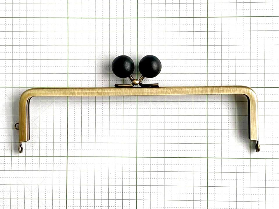 画像1: 【定番口金】16.5cm角型・★黒木玉・AG(通帳ケース)