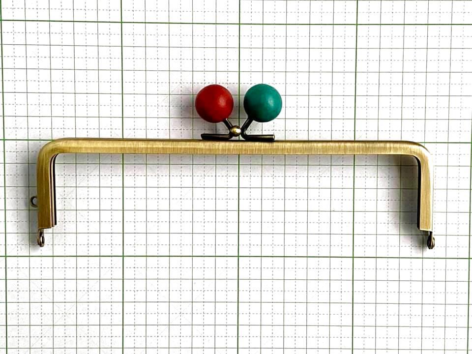 画像1: 【定番口金】16.5cm角型・★りんご木玉・AG(通帳ケース)